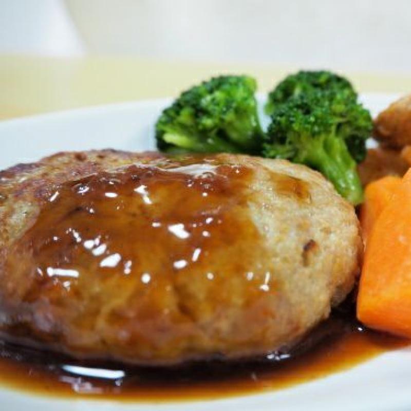 お肉屋さんの手作りハンバーグ(常陸牛入り)7個(加熱済)